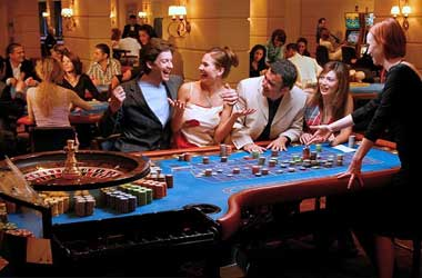 How To Behave At A Casino Table – Common Courtesy