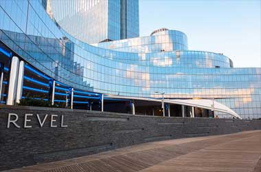 L.A Developer Isek Shomof Wants To Buy The Revel Casino Hotel