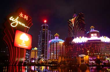 Macau Casinos Record Best First Half Revenues Since 2014